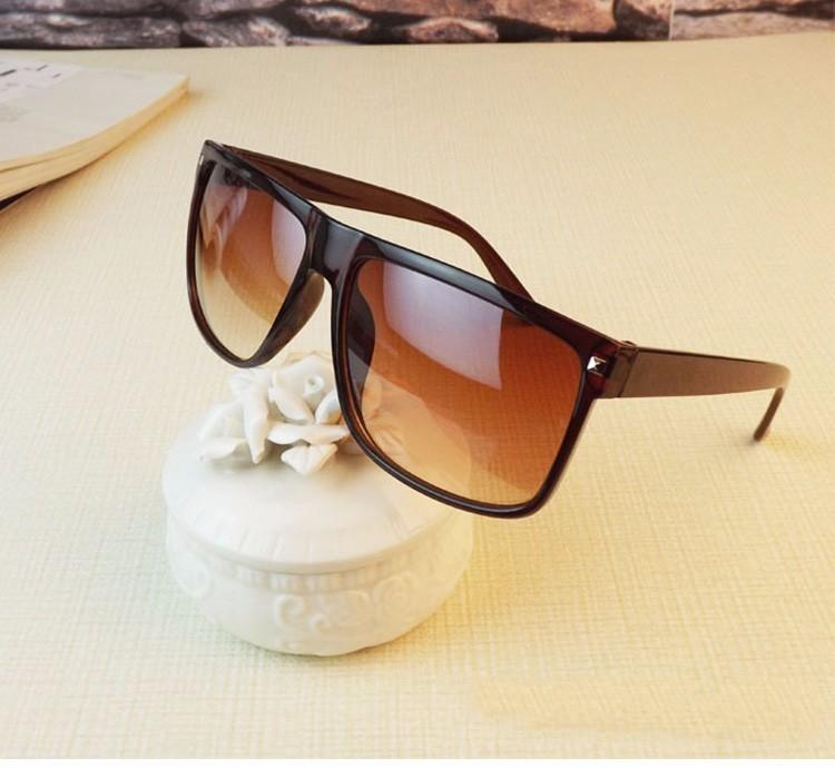 JULIUS - Vintage Square Frame Sunglasses | Dukesman.com